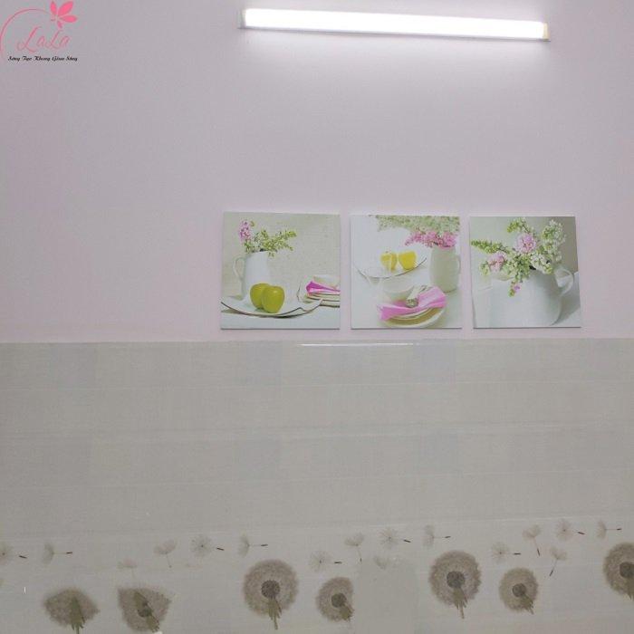 Tranh treo tường bình hoa táo xanh