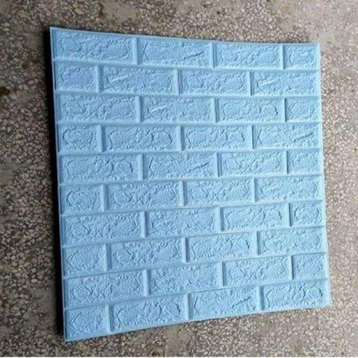 Xốp đá dán tường giá rẻ màu xanh