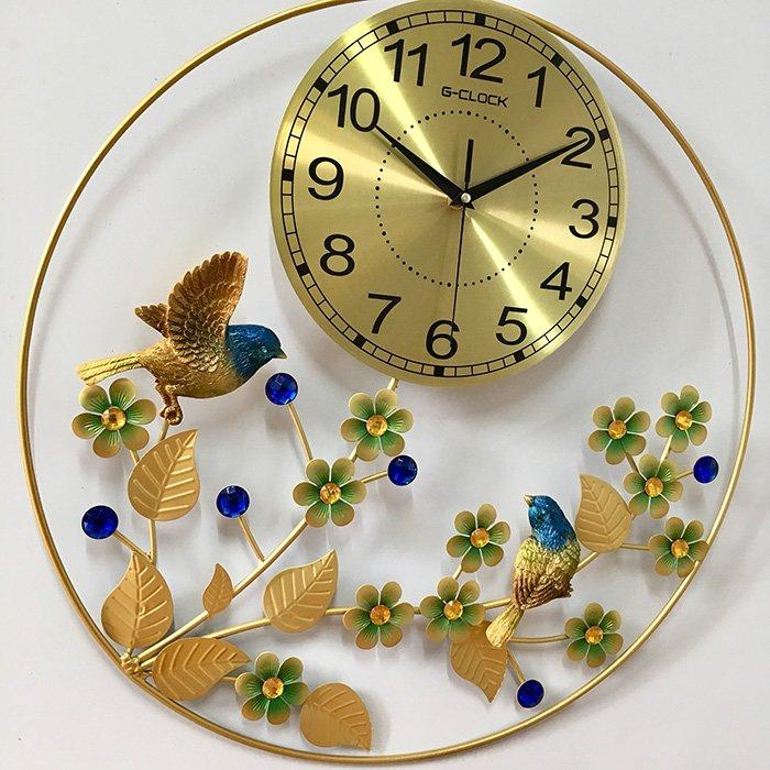 Đồng hồ treo tường đính đá vòng hoa