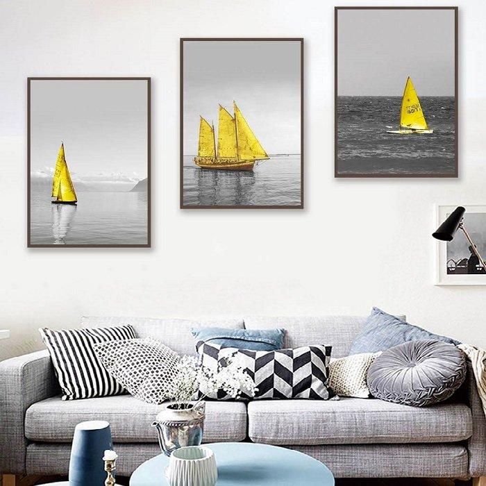 Tranh treo tường thuyền vàng