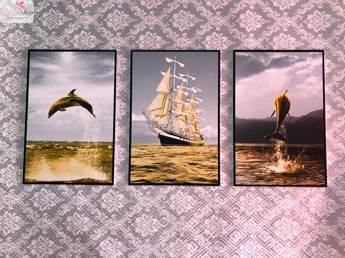 Tranh treo tường thuyền và cá heo vàng (HG)