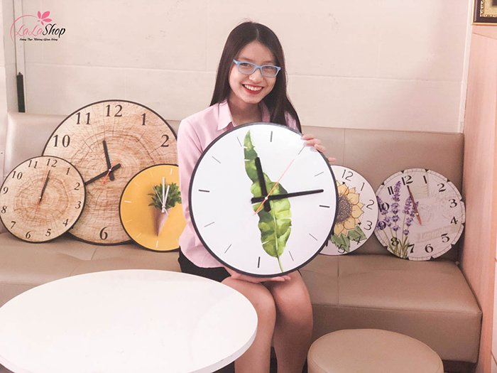 Đồng hồ vintage lá xanh 3
