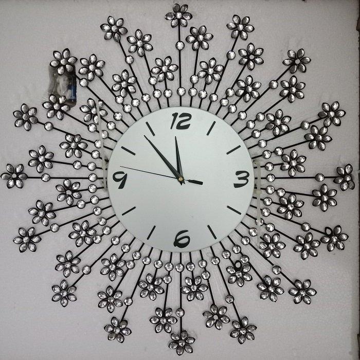 Đồng hồ treo tường đính đá hoa mặt trời bạc