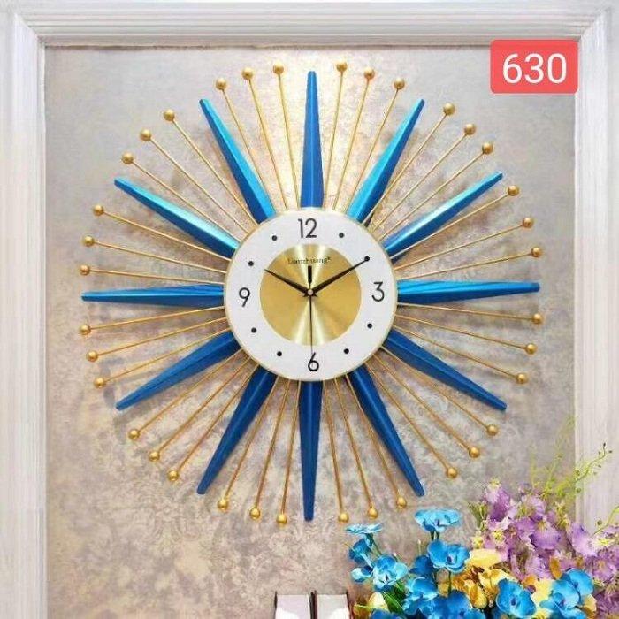 Đồng hồ đính đá ngôi sao xanh