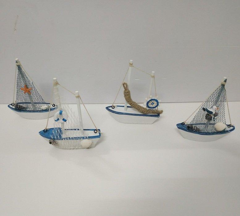 Tượng thuyền nhỏ trang trí
