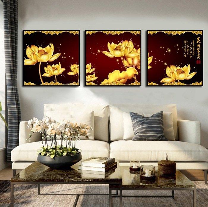 tranh treo tường sen vàng may mắn