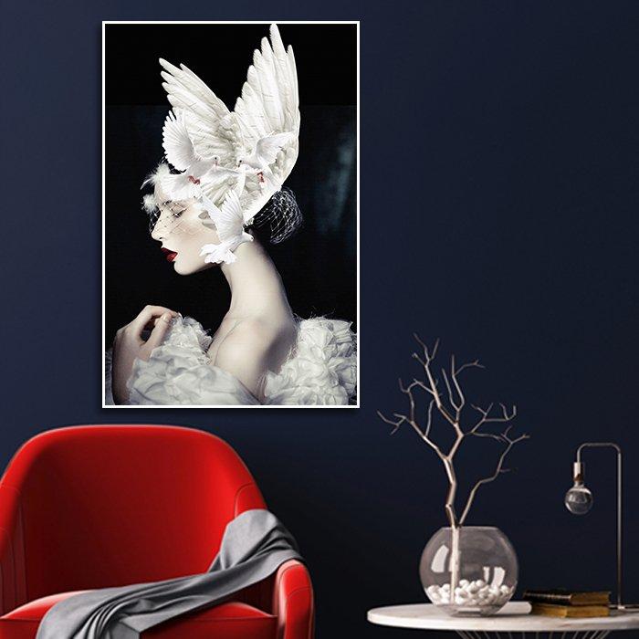Tranh treo tường nghệ thuật cô gái bồ câu