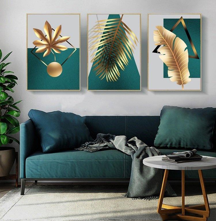 tranh gỗ phủ bóng viền khung nghệ thuật và lá