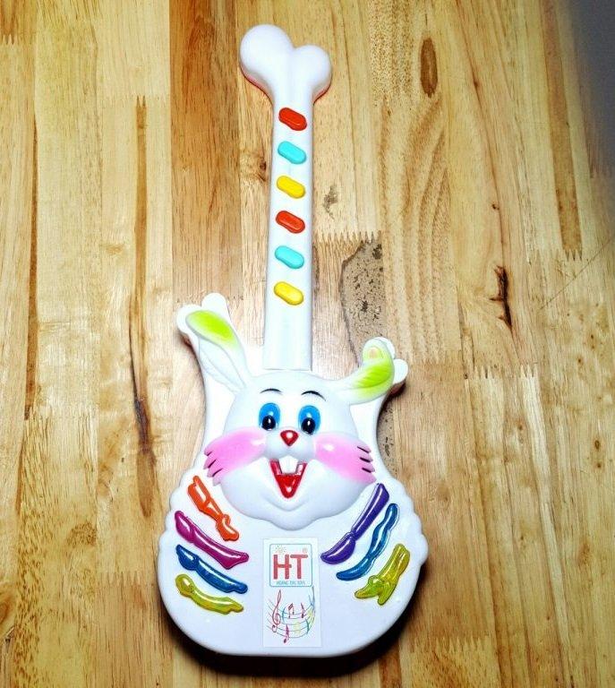 Đàn Guitar con thỏ HT7847(HT)