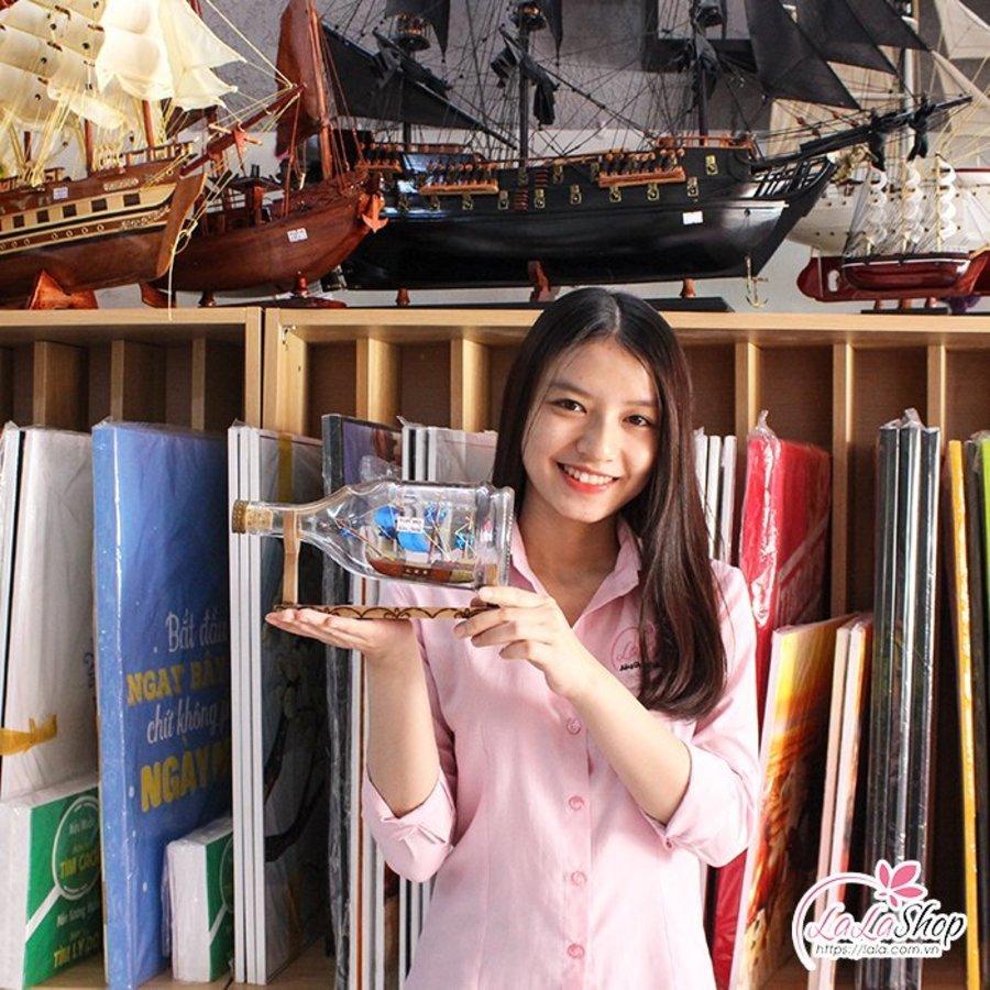 Thuyền Buồm Mỹ Nghệ Trong Chai 3 size 20x8x10