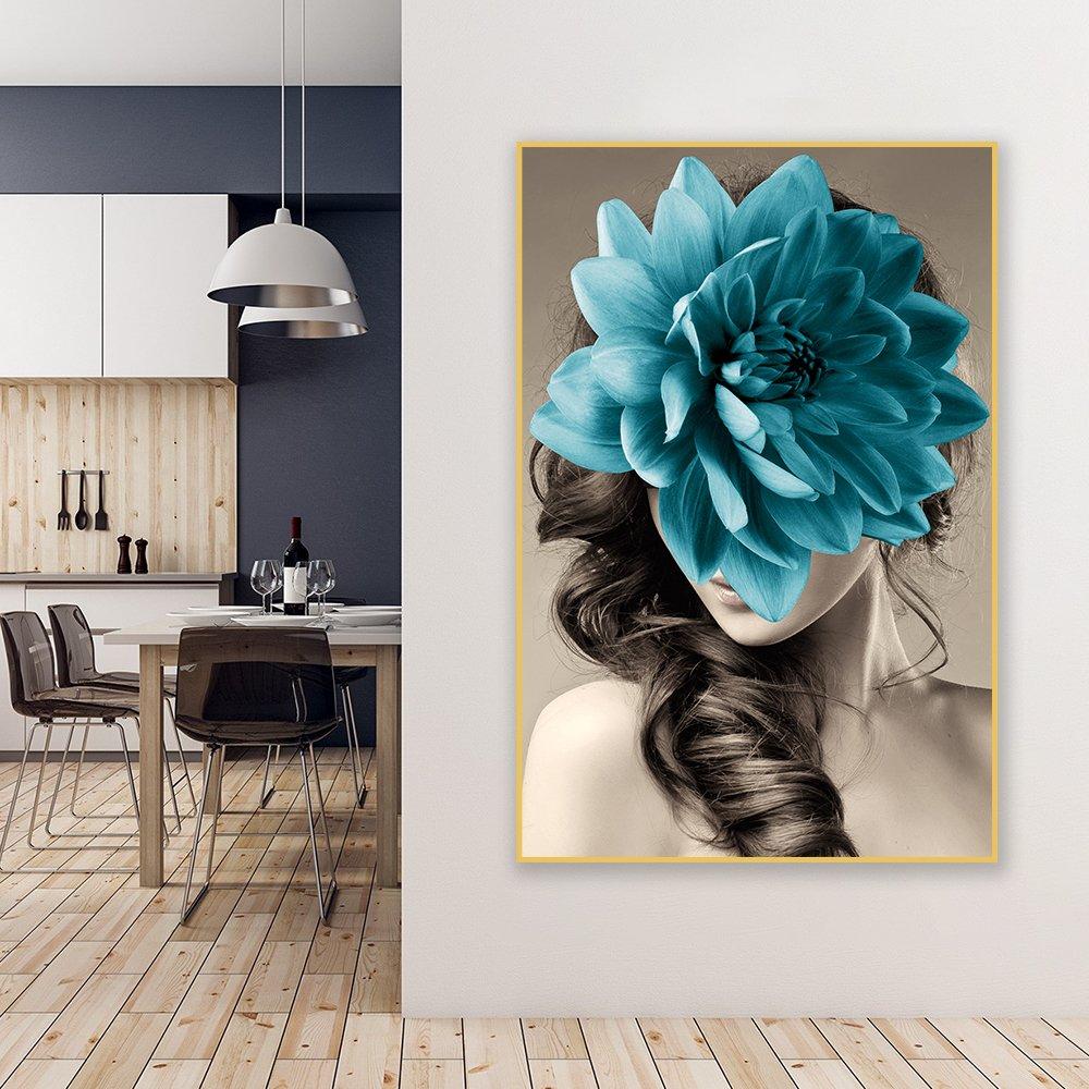 Tranh treo tường cô gái và hoa xanh
