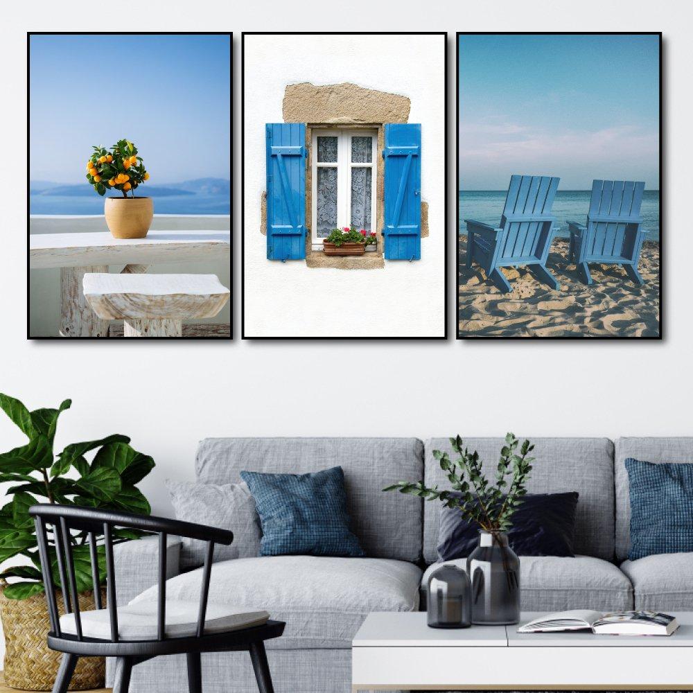 Tranh treo tường cửa sổ và bãi biển