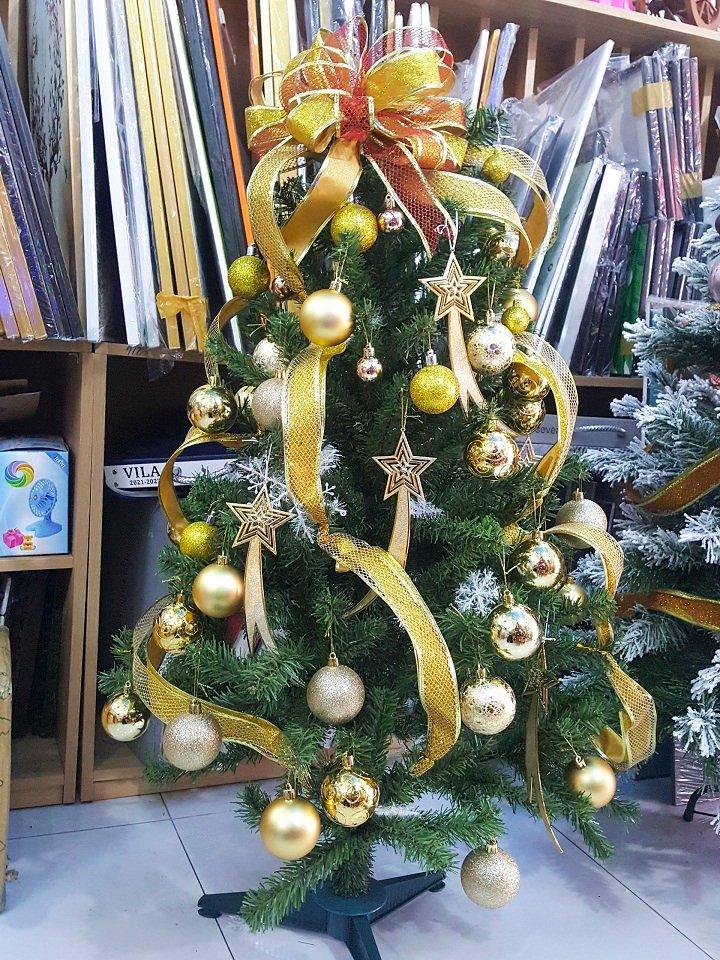 Cây Thông Noel Trang Trí Mẫu 5 cây thông 1m2