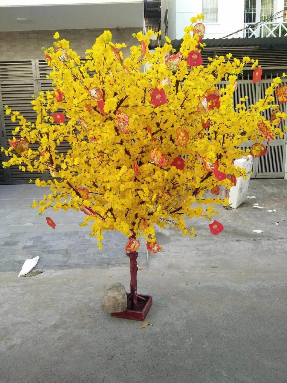 Cây hoa mai giả trang trí