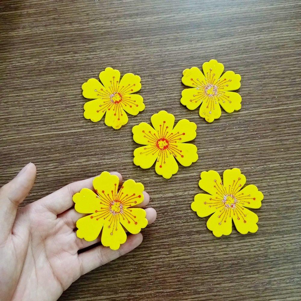 Bộ 5 hoa mai vàng xốp trang trí tết