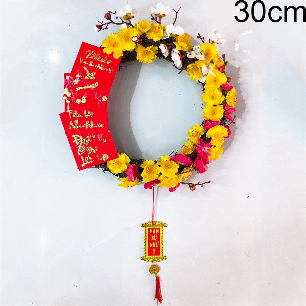 Vòng hoa tết hoa tam sắc và bao lì xì đỏ