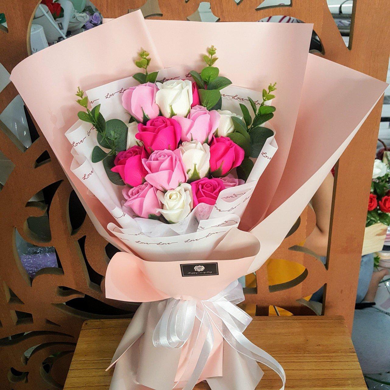 Bó hoa hồng sáp thơm 15 bông - H077