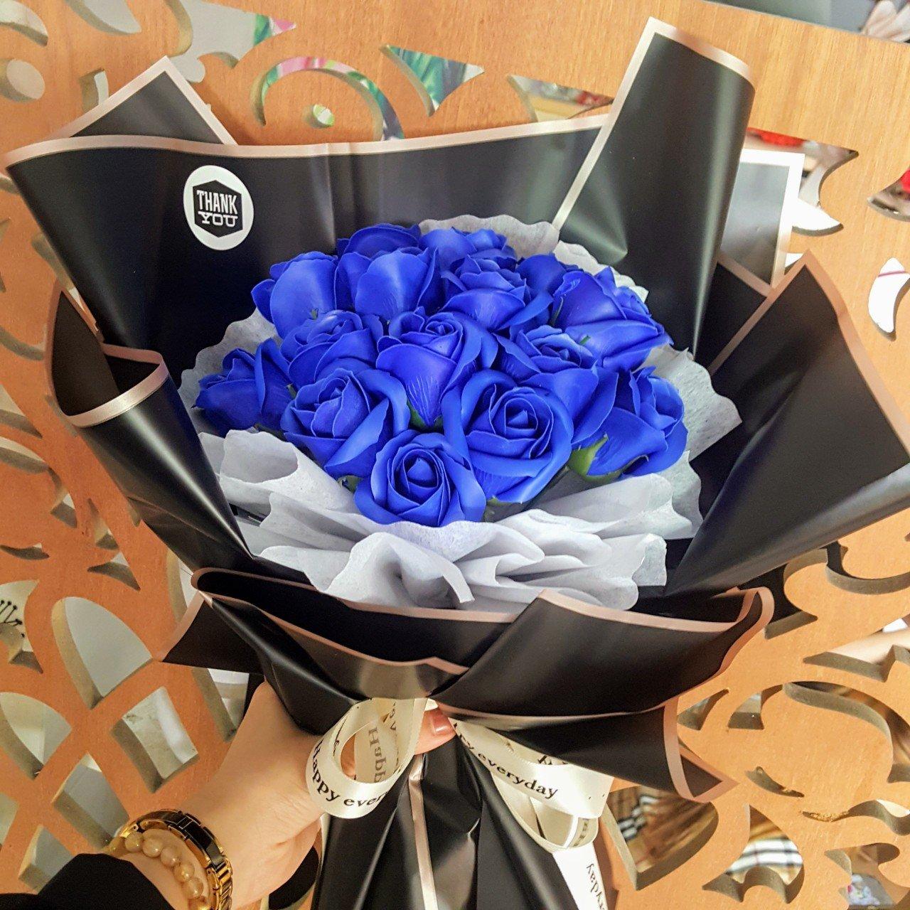 Bó hoa hồng sáp thơm xanh 15 bông - H080