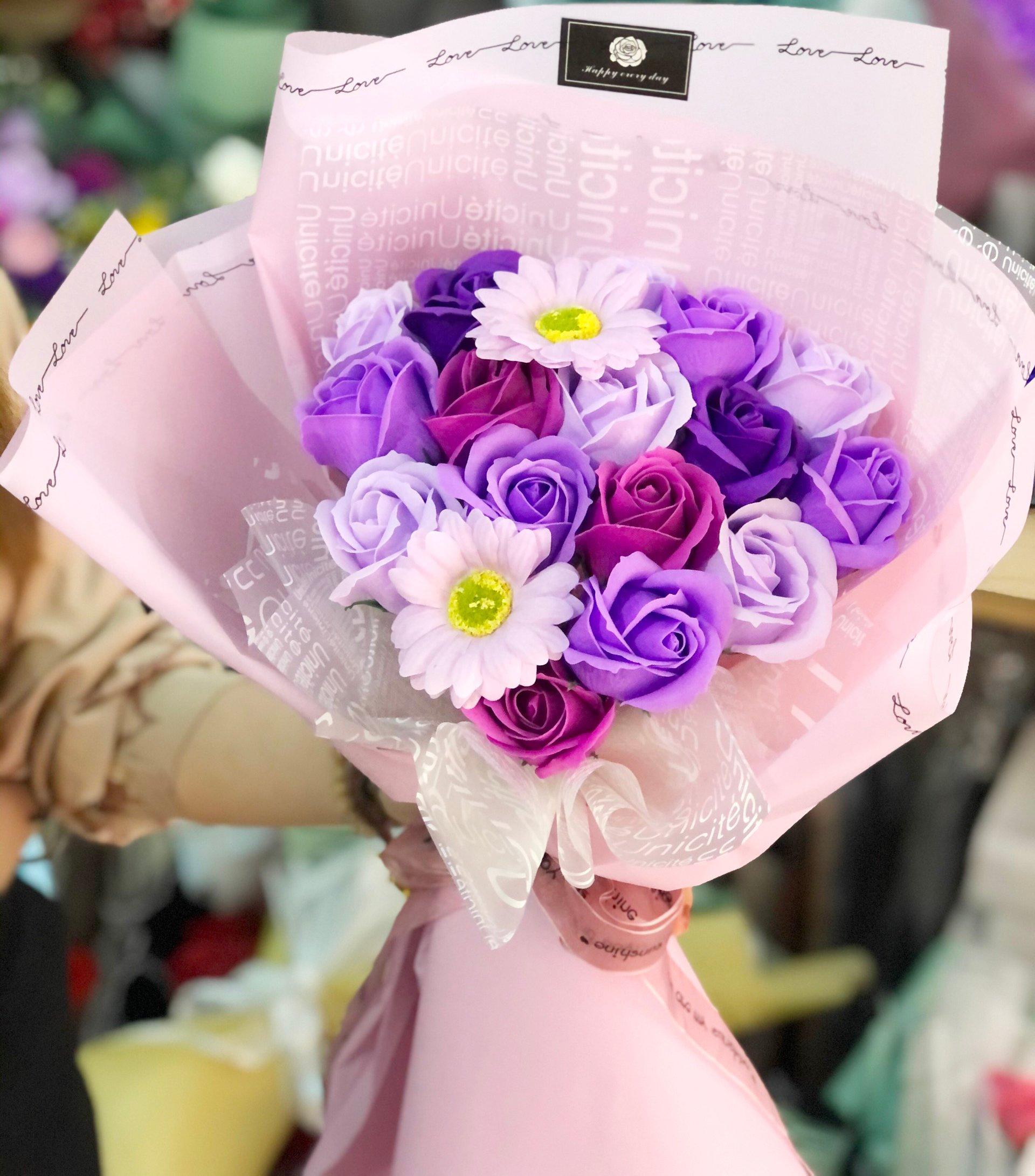 Bó hoa hồng sáp thơm màu tím ( 20 bông )