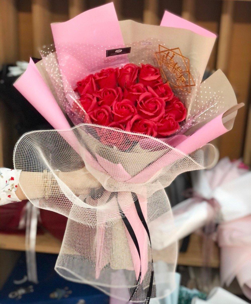 Bó 15 hoa hồng sáp thơm sắc đỏ