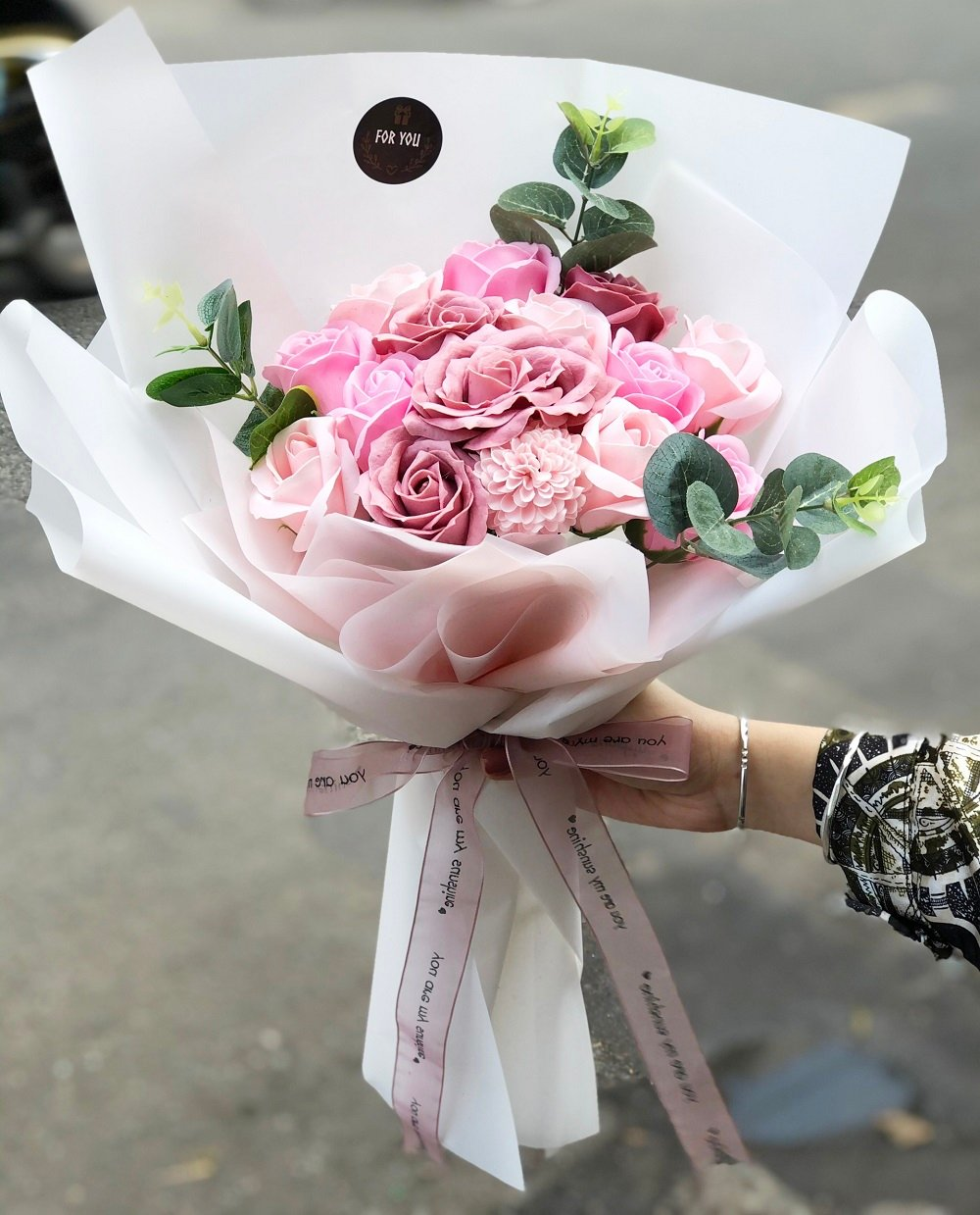 Bóa hoa hồng pastel