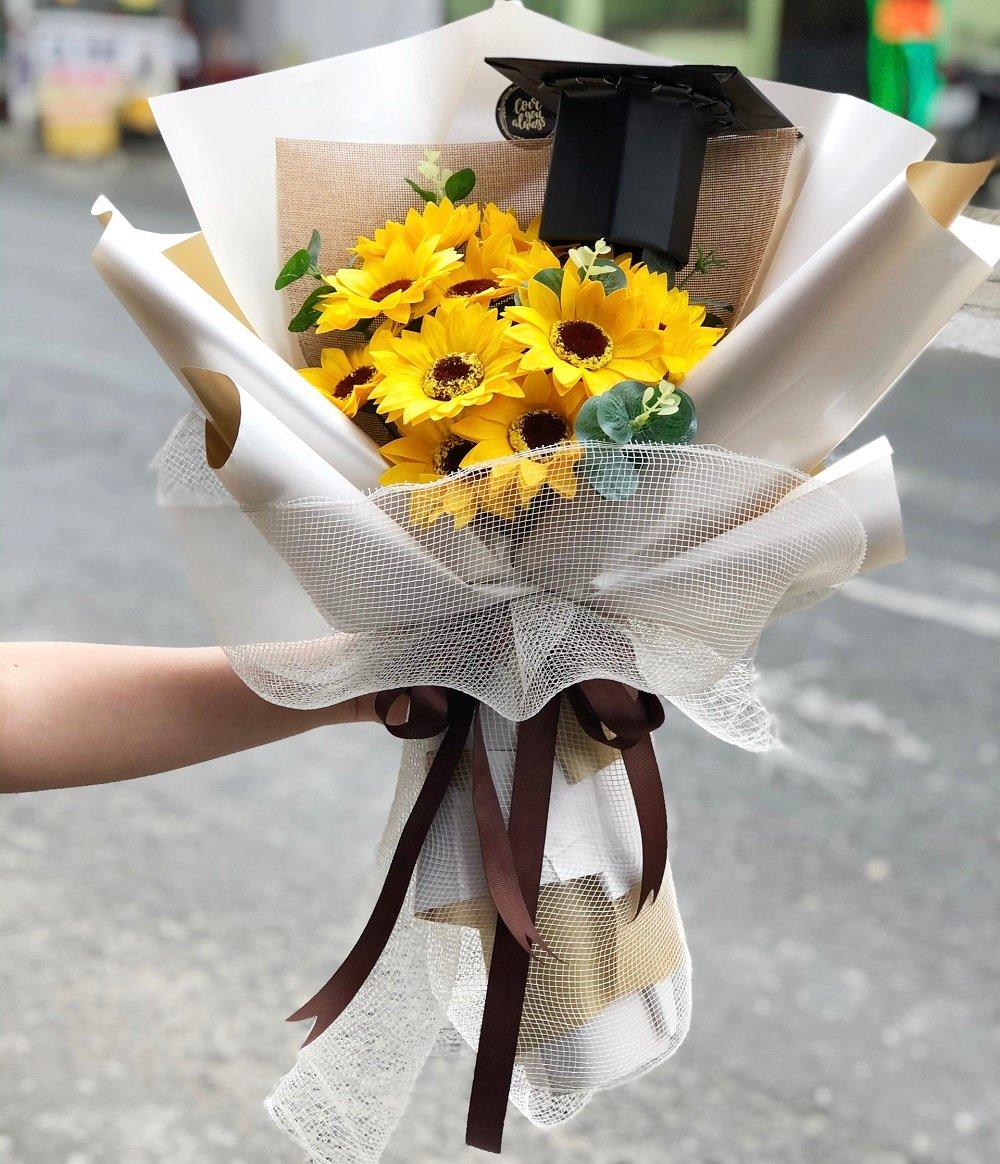 Bó hoa hướng dương tốt nghiệp 2