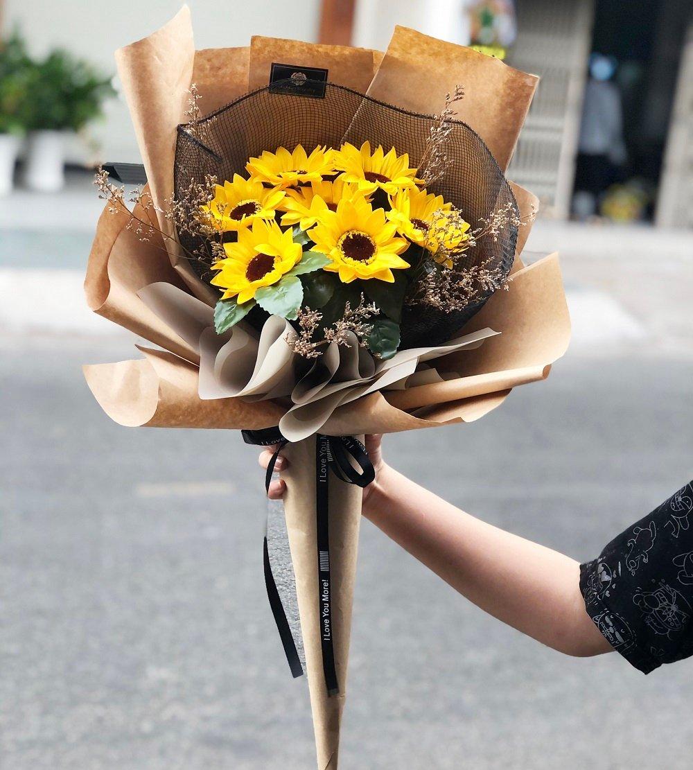 Bó hoa sáp hướng dương 7 bông