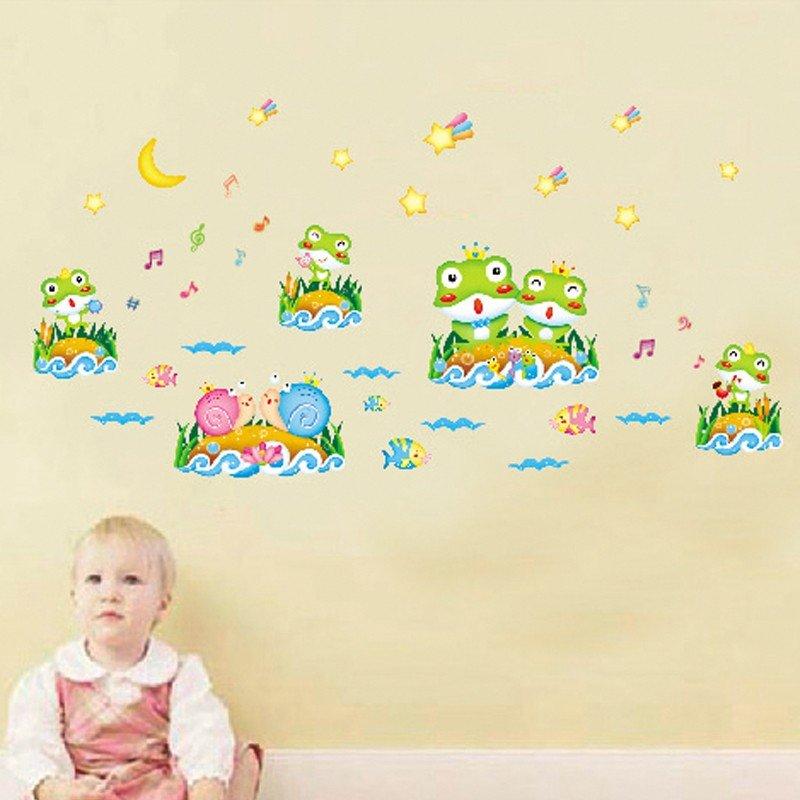 Decal dán tường ếch và ốc sên