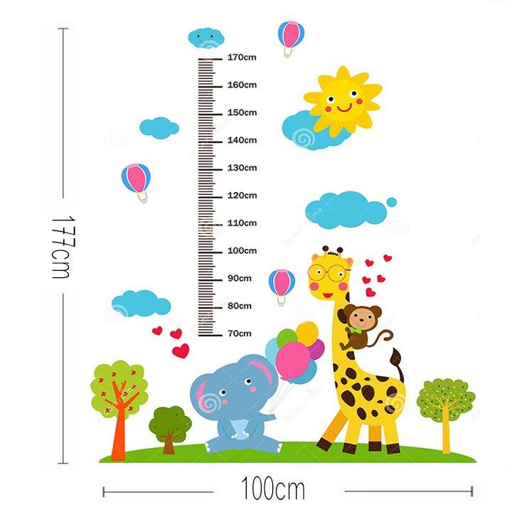 Decal dán tường thước đo chiều cao hươu và những người bạn