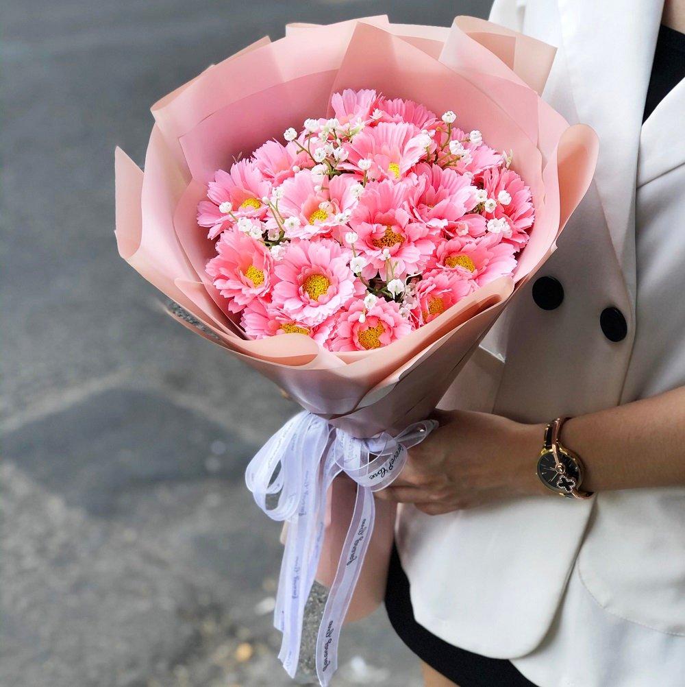 Bó hoa vải cúc xu hồng