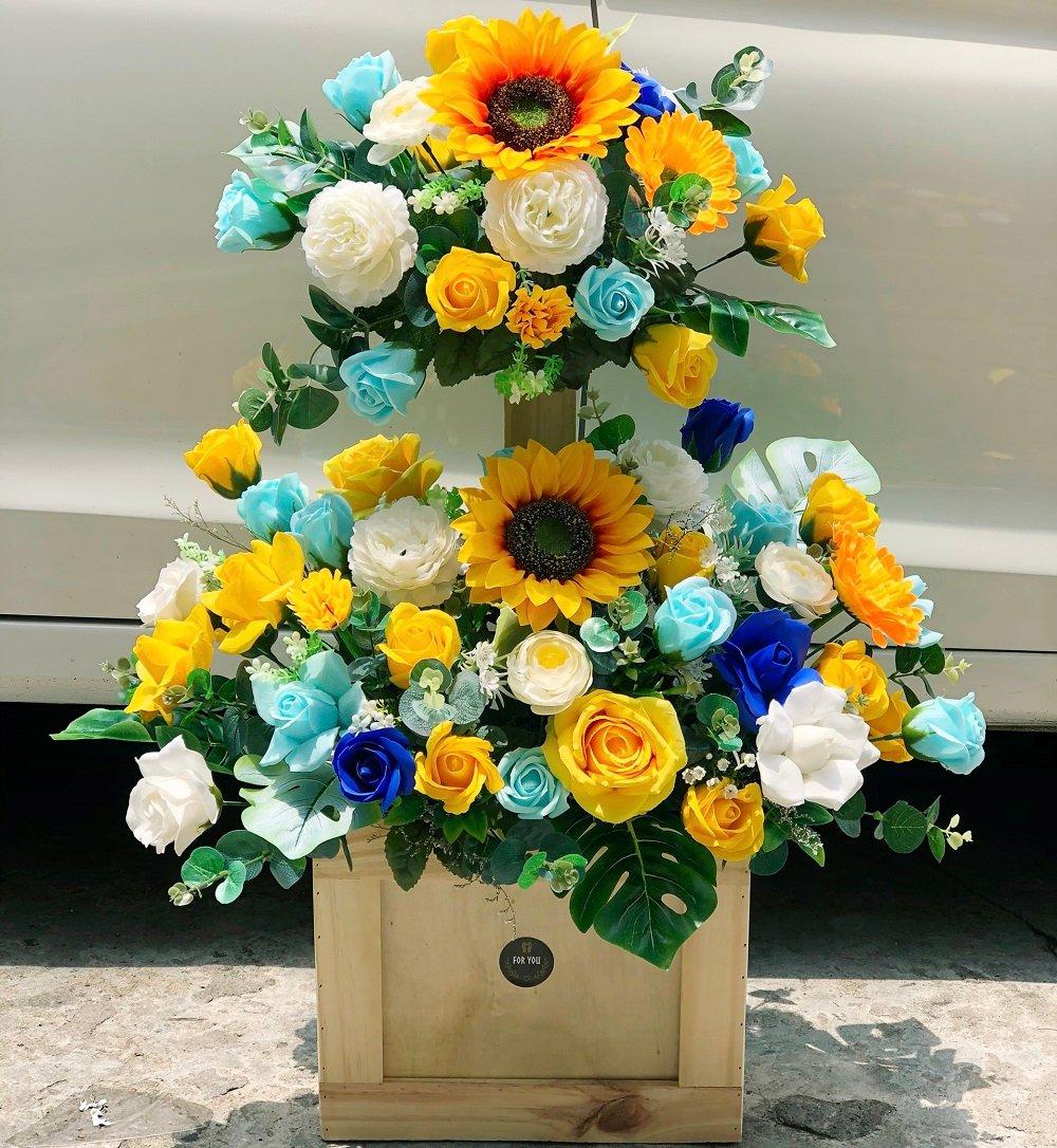 Chậu hoa sáp thơm gỗ 2 tầng mừng khai trương