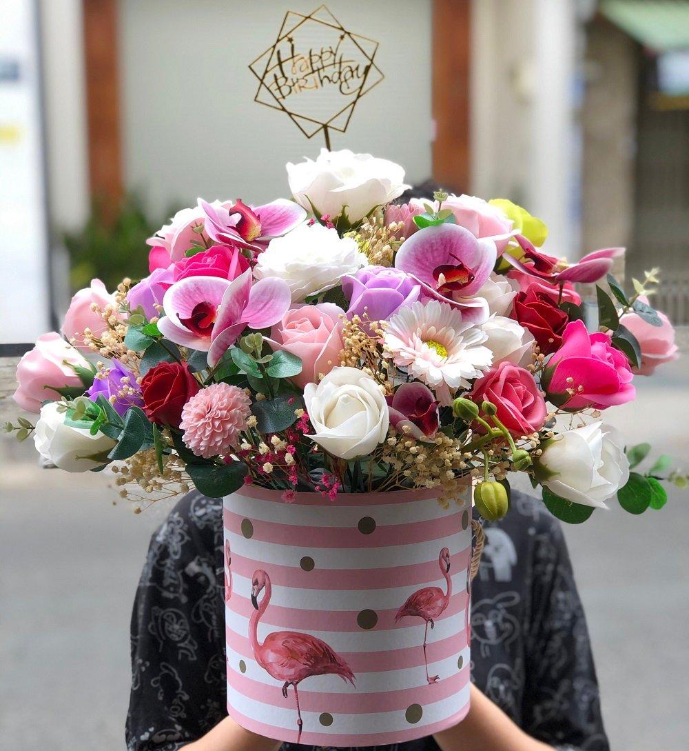 Hộp hoa sáp thơm lớn để bàn