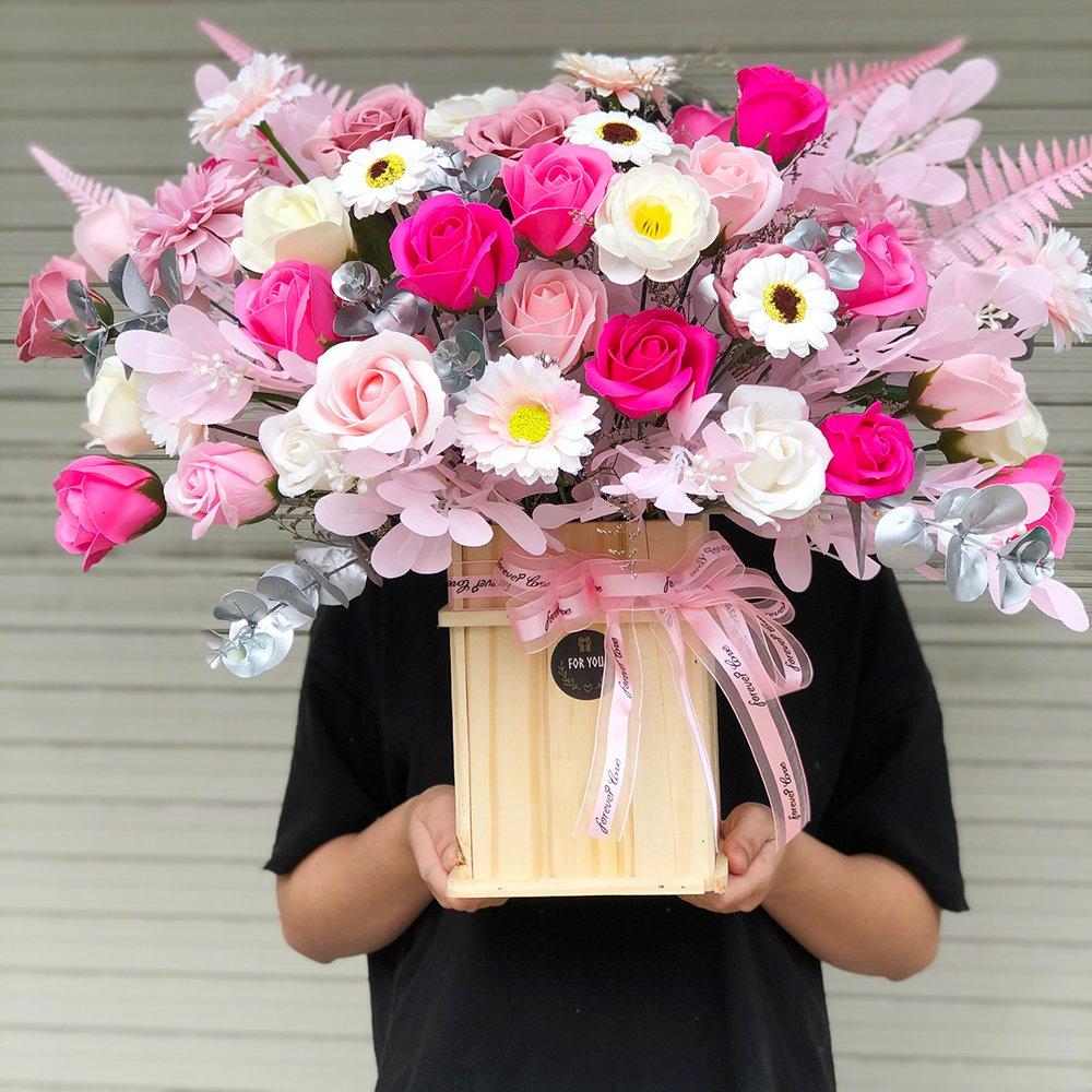 Giỏ hoa sáp thơm gỗ sắc màu 3