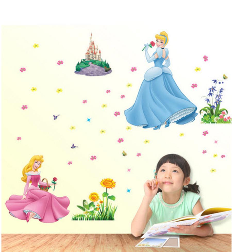 Decal dán tường 2 nàng công chúa