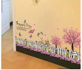 Decal dán chân tường hàng rào hồng