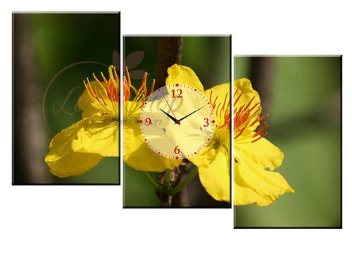 Tranh đồng hồ Hoa mai vàng cách điệu 2