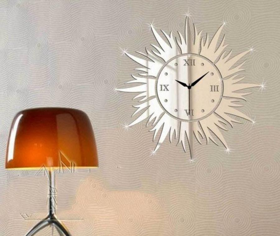 Đồng kèm decal tráng gương mặt trời (đen, trắng, vàng)