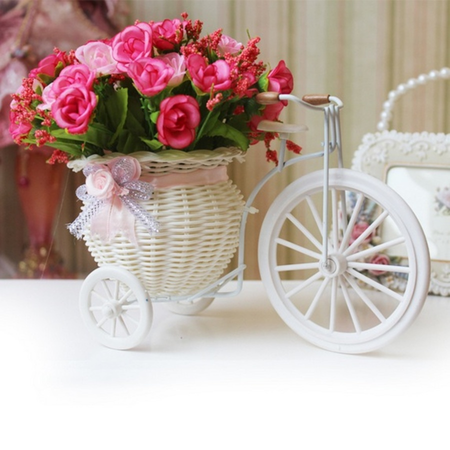 Giỏ hoa xe đạp hoa hồng