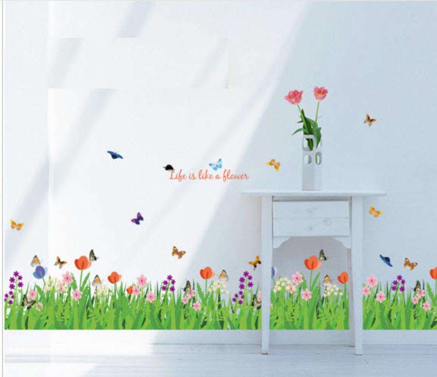 Chân tường hoa cỏ mùa xuân 2