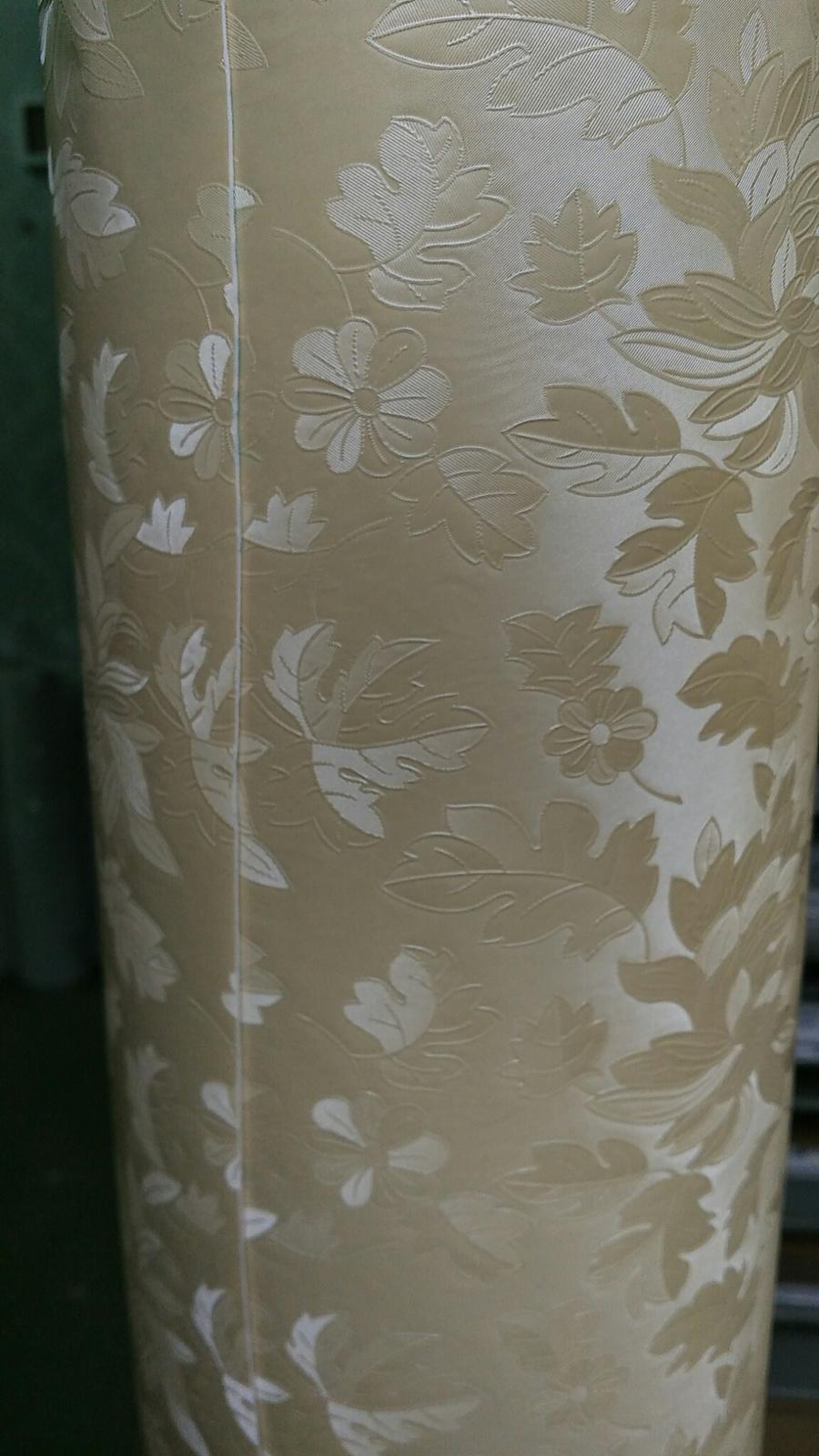 Giấy Decal cuộn họa tiết hoa vân vàng 2 khổ 1.2m(899)