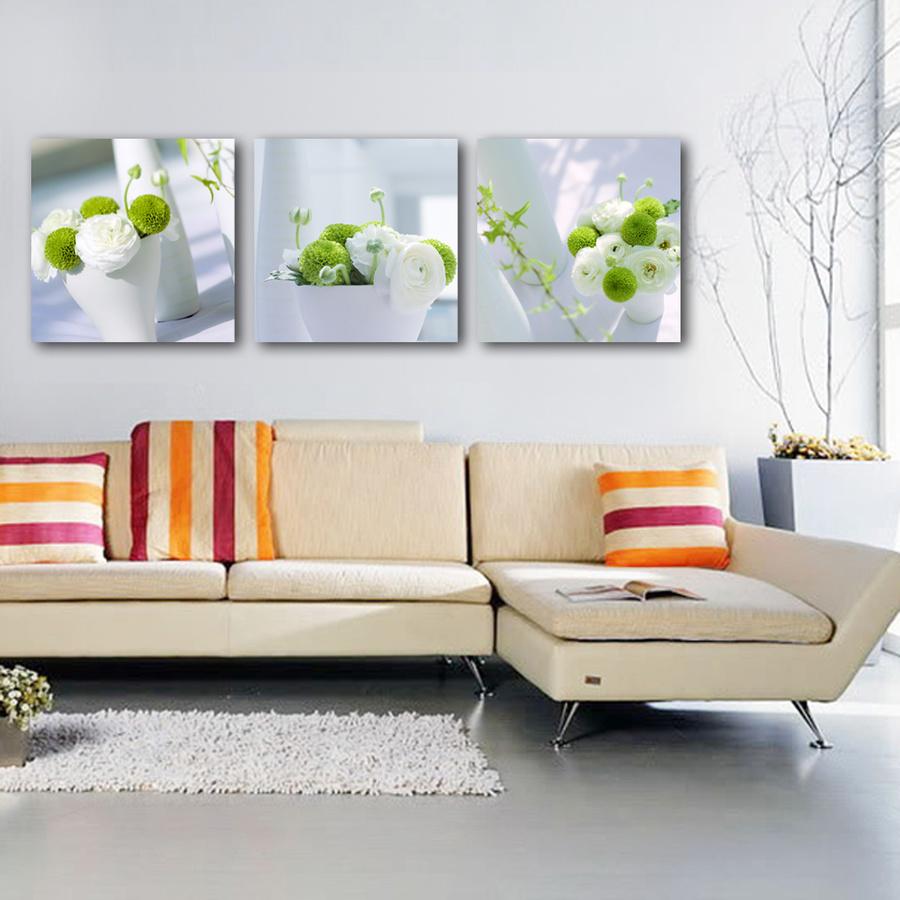 Tranh treo tường bình hoa trắng