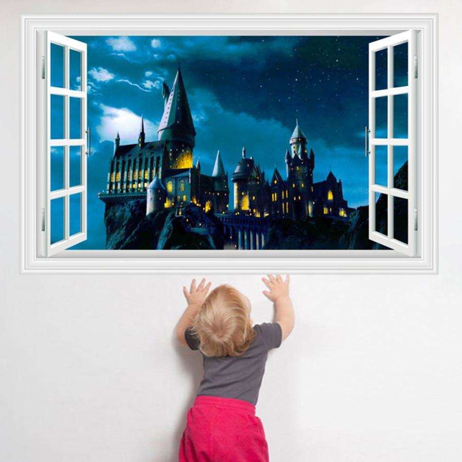 Cửa sổ lâu đài bí ẩn