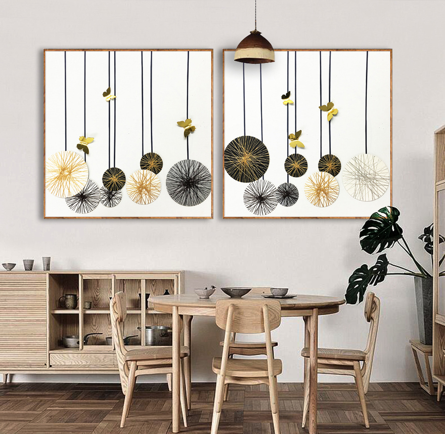 Tranh treo tường quả cầu và bướm nghệ thuật
