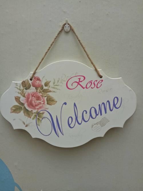 Bảng treo Welcome hoa Rose