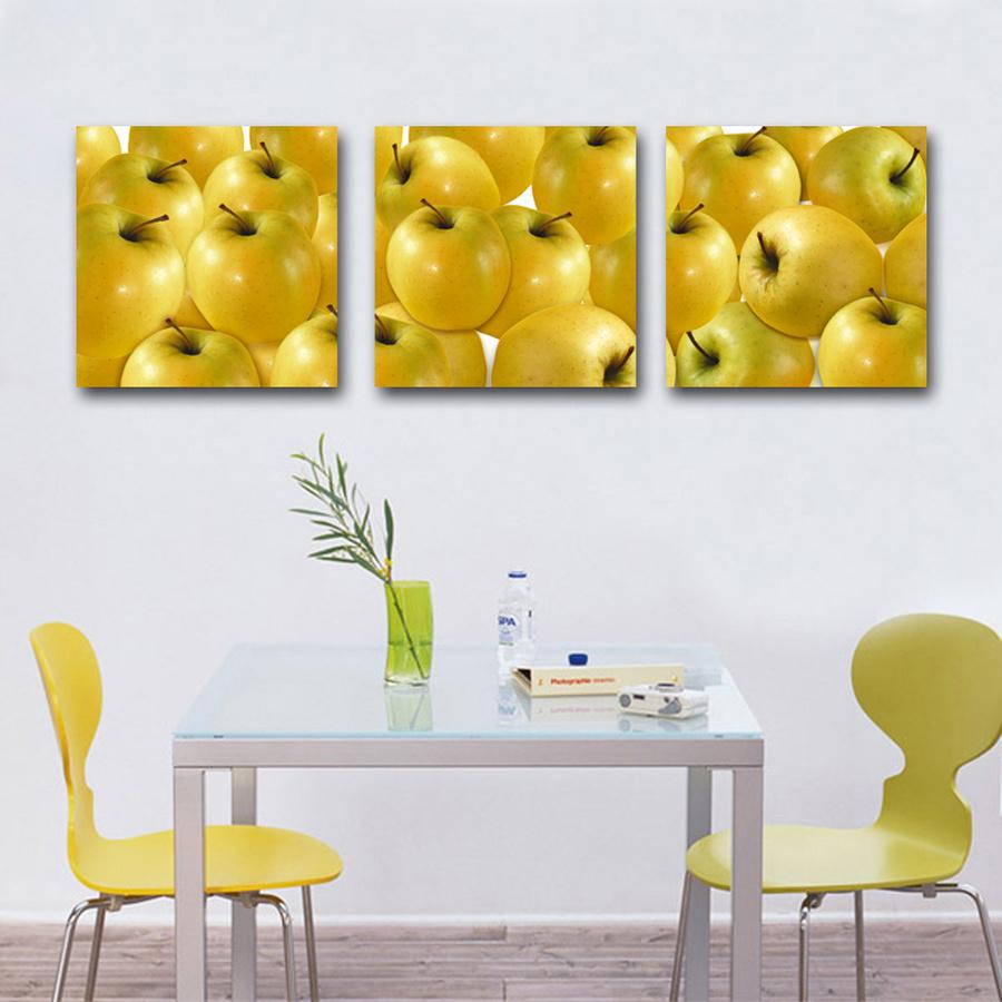 Tranh treo tường táo vàng