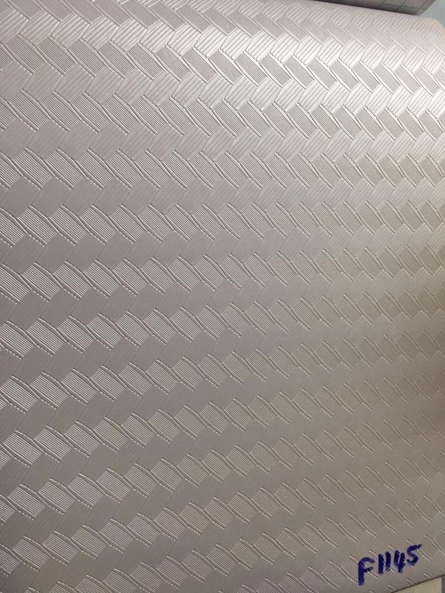 Giấy decal cuộn ziczac màu trắng khổ 1m2