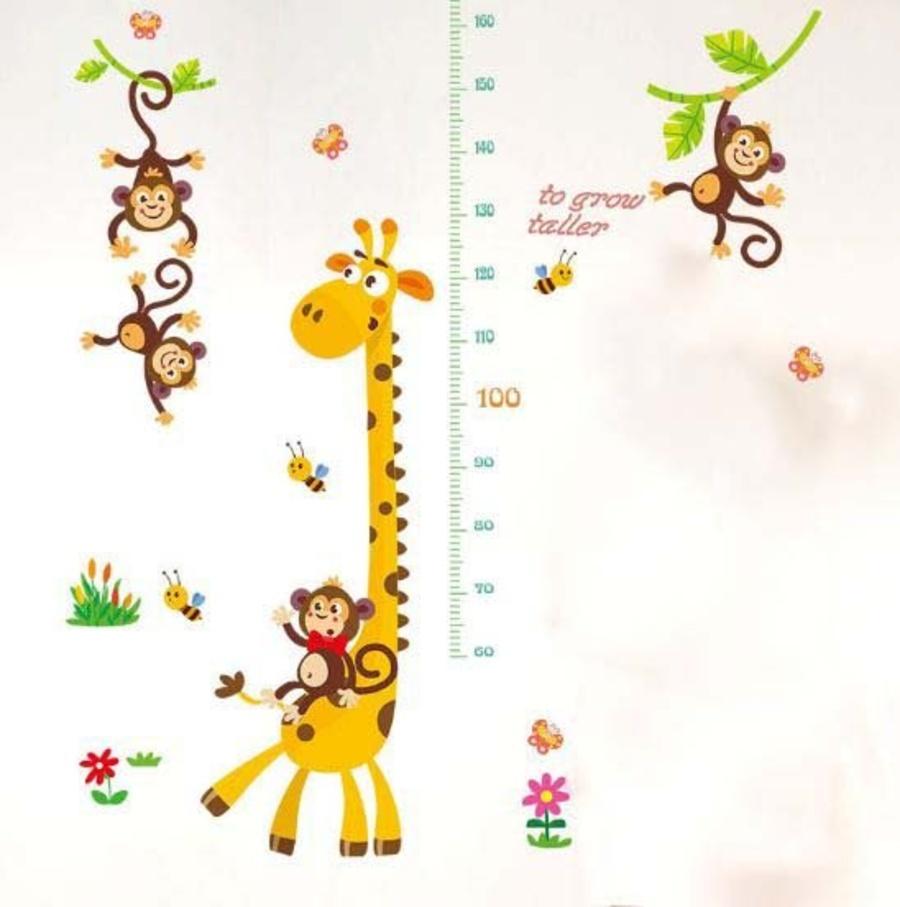 Decal dán tường thước đo hươu vàng 3