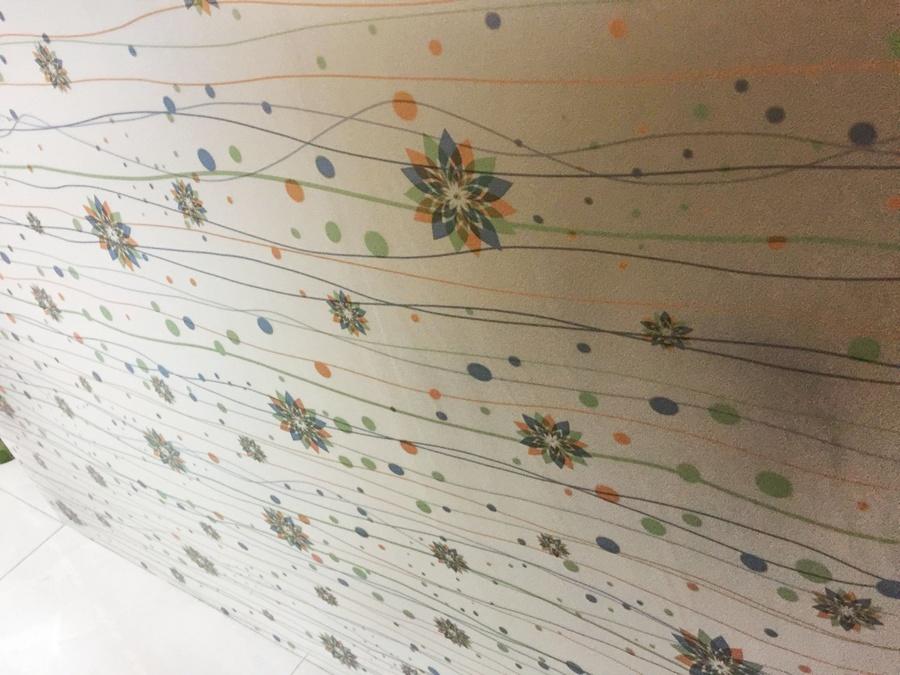 Giấy decal cuộn kính mờ hoa ngũ sắc khổ 0.9m