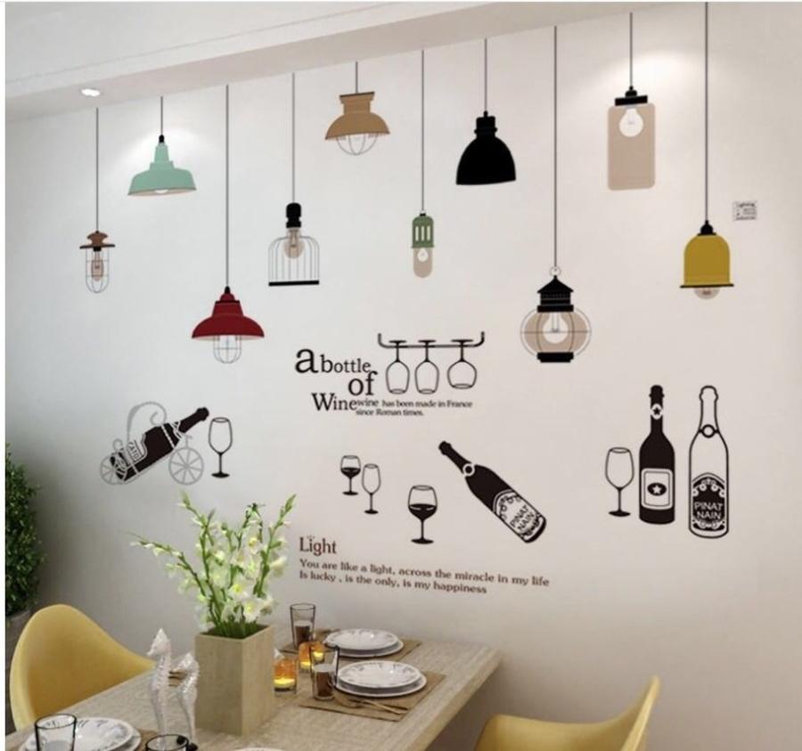 Combo decal dán tường chùm đèn đủ màu 2 và chai rượu to