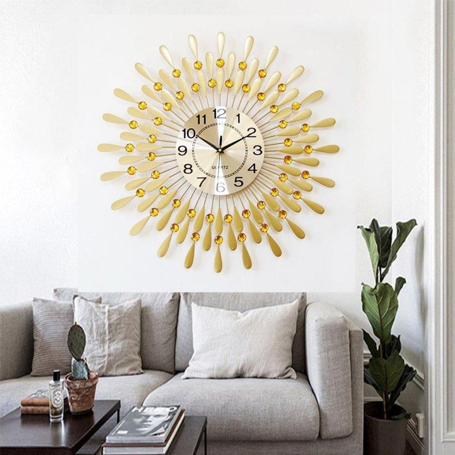 Đồng hồ treo tường đính đá Vàng